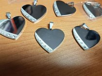 Priceworthy Heart with Rhinestones, mixed quality 37x30x2.5mm Silver