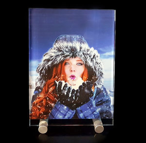 Crystal Photo in Color 90x130x8mm with Aluminium Stand