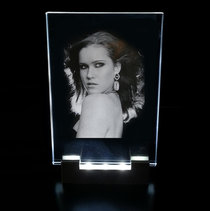 Photo engraved in Optiwhite Glass 130x180x8 mm incl. LED Lighting