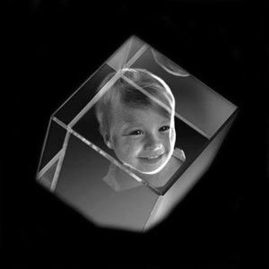 Kristallkub med skuret hörn 50x50x50mm